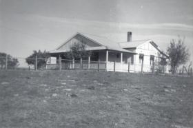 1 Glenelg 1965 Heffernans House