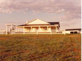 2a Glenelg 1985