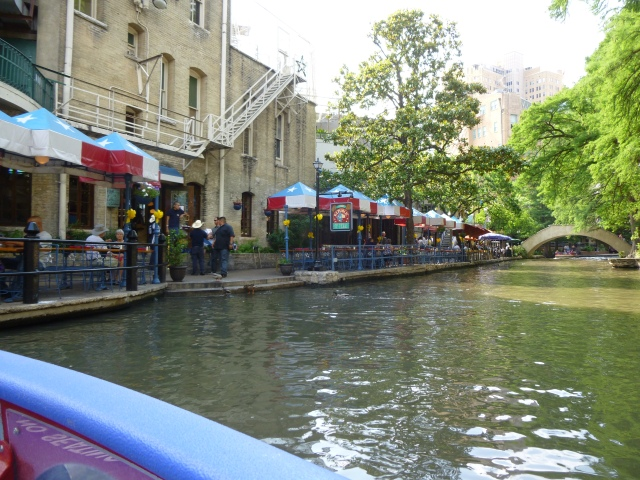 River walk with cafe's